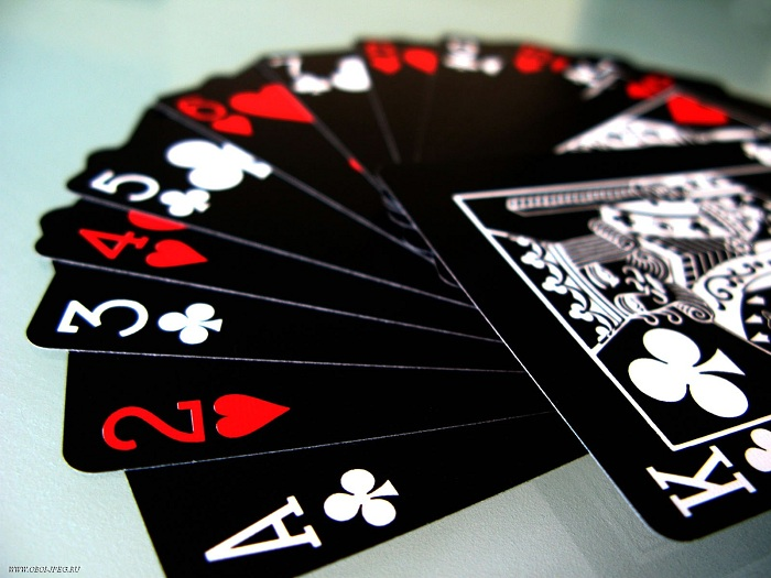 Popular card games online